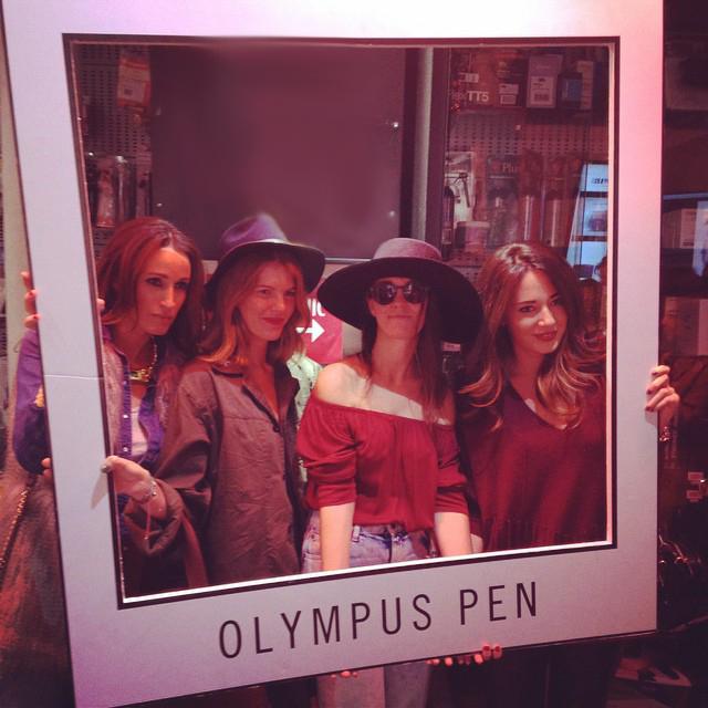 15colgadasdeunapercha_olympus_pen_camera_camara_fotos_photos_casanova_foto_barcelona_bloggers_fashion_moda_coolhunterdiary_luis_malibran_carla_kissler_gina_carreras_alicia_alvarez_ana_crank_18