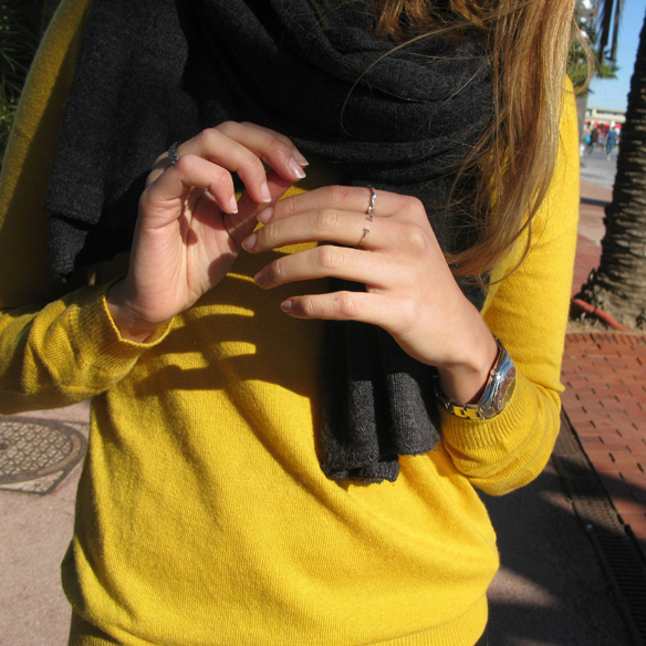 15colgadasdeunapercha_otoño_fall_color_mostaza_mustard_colour_cuero_leather_anillo_ring_chicplace_julia_ros_5