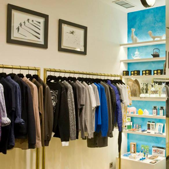 15colgadasdeunapercha_tiendas_la_comercial_hotel_w_barcelona_el_born_carlos_del_barrio_moda_fashion_hombre_men_women_mujer_gadgets_marta_r_12