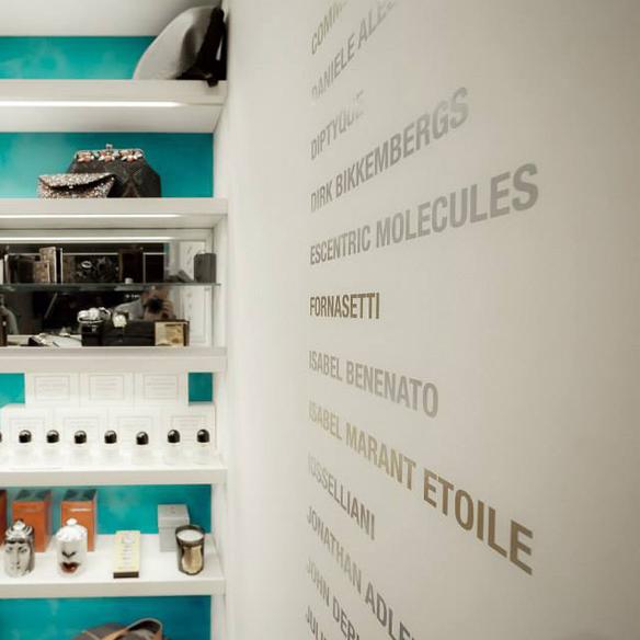 15colgadasdeunapercha_tiendas_la_comercial_hotel_w_barcelona_el_born_carlos_del_barrio_moda_fashion_hombre_men_women_mujer_gadgets_marta_r_14
