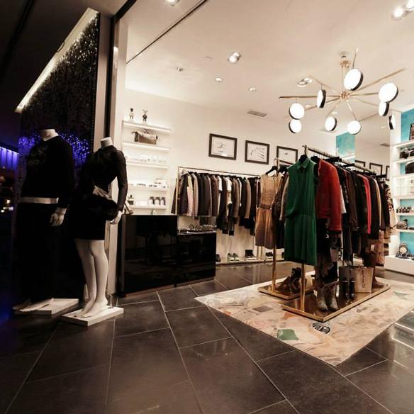 15colgadasdeunapercha_tiendas_la_comercial_hotel_w_barcelona_el_born_carlos_del_barrio_moda_fashion_hombre_men_women_mujer_gadgets_marta_r_3