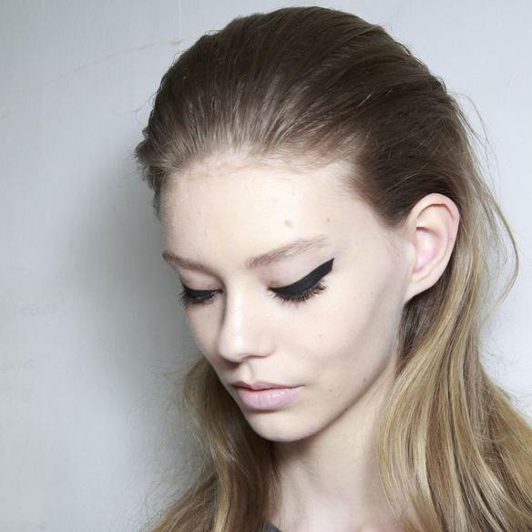 15colgadasdeunapercha_maquillaje_make_up_fw_oi_fall_winter_14_15_eyeliner_1