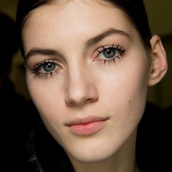 15colgadasdeunapercha_maquillaje_make_up_fw_oi_fall_winter_14_15_pestañas_postizas_twiggy_fake_eyelashes_3