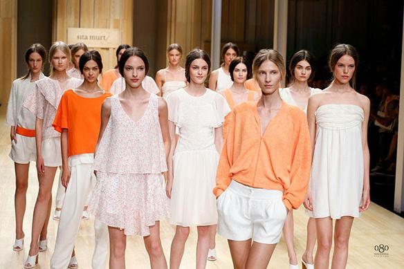 15colgadasdeunapercha_moda_fashion_diseñdora_punto_knit_designer_sita_murt_22