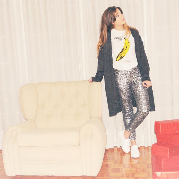 15colgadasdeunapercha_navidad_christmas_looks_outfitspantalones_pants_pailletes_sequins_lentejuelas_bambas_trainers_anna_duarte_5