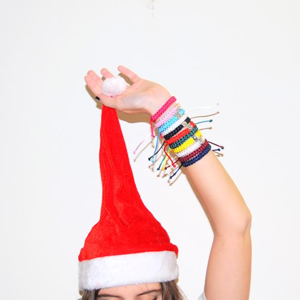 15colgadasdeunapercha_navidad_christmas_pulseras_candelas_solidarias_solidarity_bracelets_anna_duarte_7
