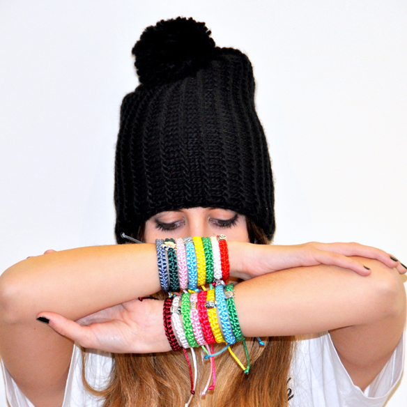 15colgadasdeunapercha_navidad_christmas_pulseras_candelas_solidarias_solidarity_bracelets_anna_duarte_8