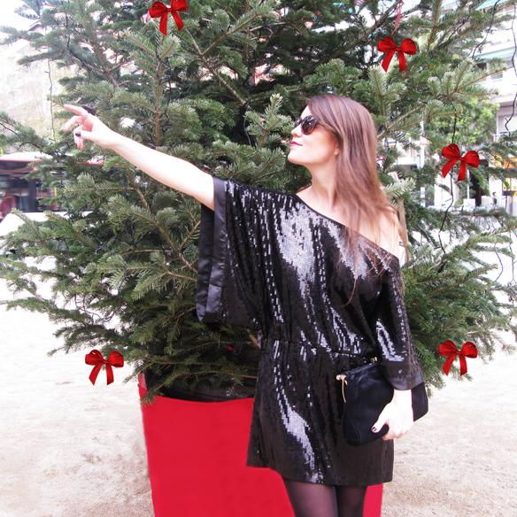 15colgadasdeunapercha_navidad_christmas_total_black_look_paillettes_negro_lbd_kimono_carla_kissler_1