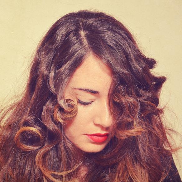 15colgadasdeunapercha_peinados_hairstyles_pelo_hair_ondas_al_agua_water_waves_navidad_christmas_alicia_alvarez_5
