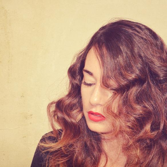 15colgadasdeunapercha_peinados_hairstyles_pelo_hair_ondas_al_agua_water_waves_navidad_christmas_alicia_alvarez_6