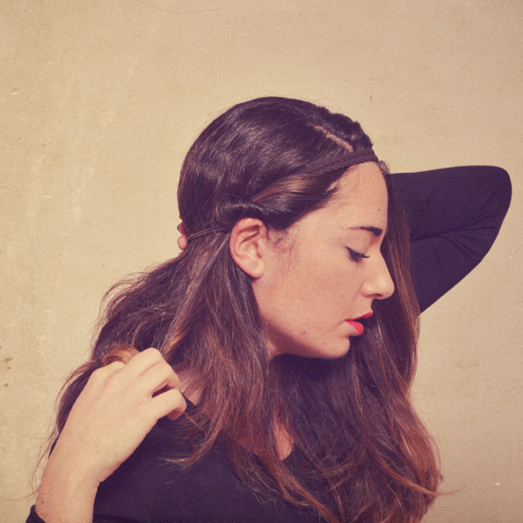 15colgadasdeunapercha_peinados_hairstyles_pelo_hair_recogido_cinta_headband_upsweep_navidad_christmas_alicia_alvarez_3