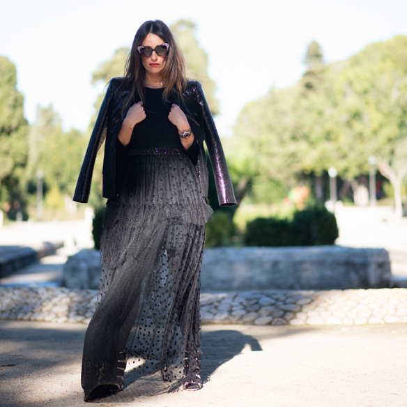 15colgadasdeunapercha_total_black_look_negro_plumeti_blazer_cat_eyes_sunglasses_ana_crank_10