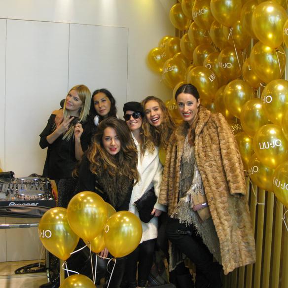 15colgadasdeunapercha_tsnb_the_shopping_night_barcelona_hollywood_carla_kissler_julia_ros_alicia_alvarez_bebofi_ana_crank_19