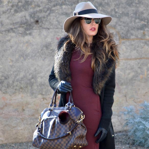 15colgadasdeunapercha_burgundy_burdeos_fur_pelo_sombrero_hat_vestido_dress_alicia_alvarez_1