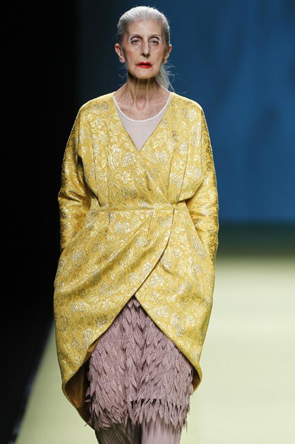 15colgadasdeunapercha_it_yayas_abuelas_estilo_style_tercerda_edad_the_elderly_moda_fashion_eloísa bercero_juan_duyos_17
