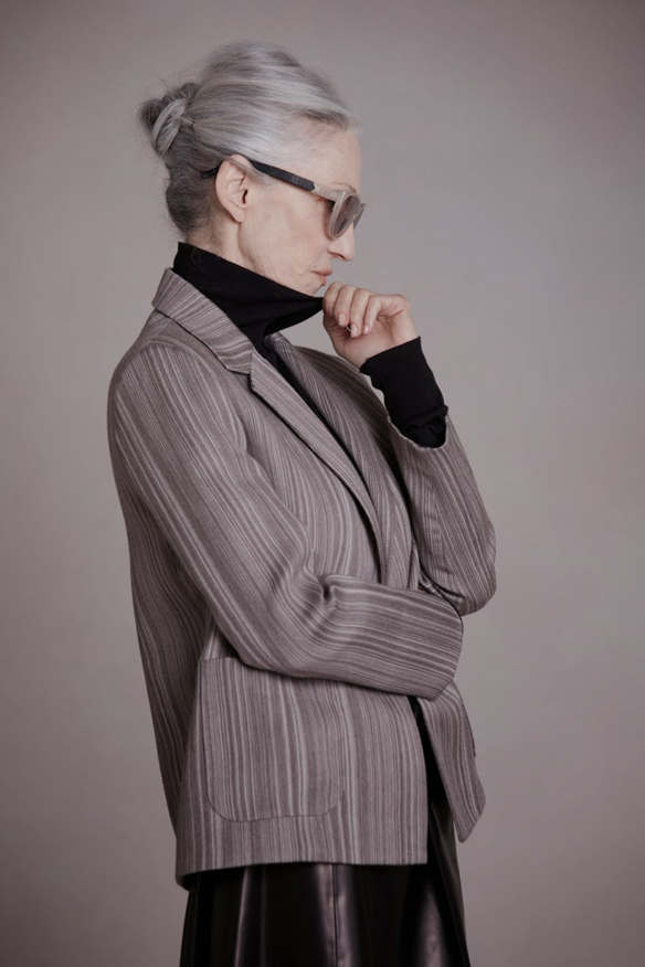 15colgadasdeunapercha_it_yayas_abuelas_estilo_style_tercerda_edad_the_elderly_moda_fashion_linda_rodin_the_row_13