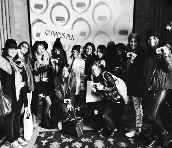 15colgadasdeunapercha_my_pen_camera_olympus_lost_and_found_market_mercadillo_vintage_carla_kissler_26