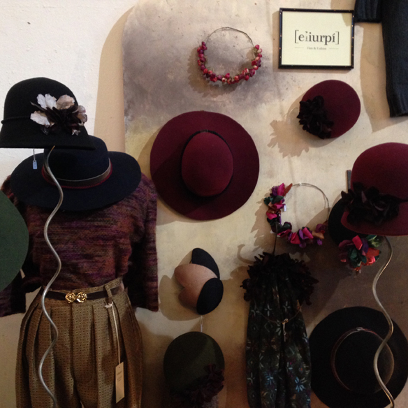 15colgadasdeunapercha_palo_alto_market_mercadillo_barcelona_portobello_nothing_hill_vintage_fashion_moda_ana_fernandez_carla_kissler_13