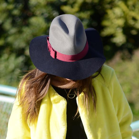 15colgadasdeunapercha_invierno_winter_amarillo_yellow_hunters_hat_sombrero_ana_crank_3