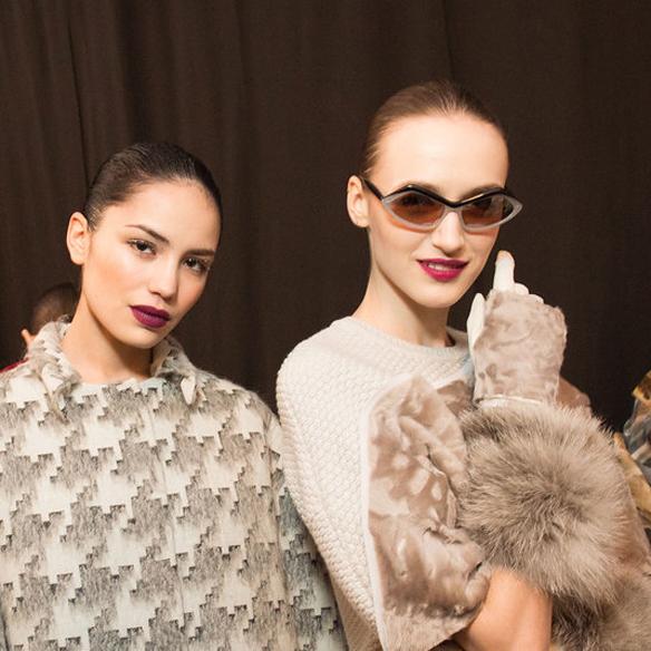 15colgadasdeunapercha_nyfw_new_york_fashion_week_fall_2015_moda_desfile_pasarela_carolina_herrera_10