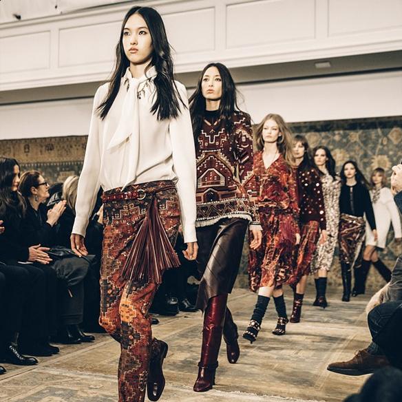 15colgadasdeunapercha_nyfw_new_york_fashion_week_fall_2015_moda_desfile_pasarela_tory_burch_portada
