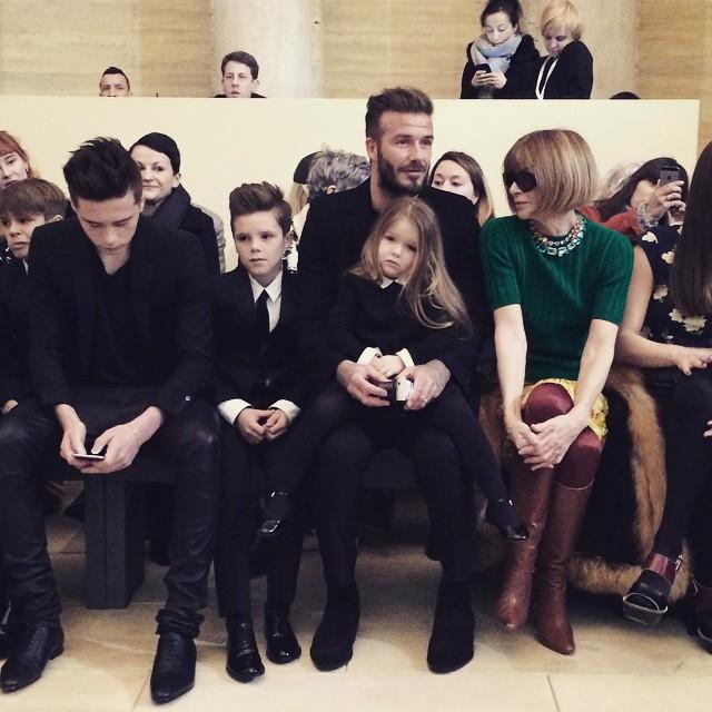 15colgadasdeunapercha_nyfw_new_york_fashion_week_fall_2015_moda_desfile_pasarela_victoria_beckham_15