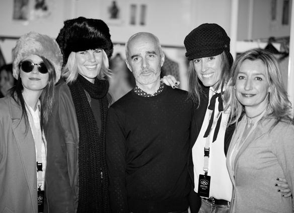 15colgadasdeunpercha_080_barcelona_fashion_moda_desfiles_080bcnfashion_menchen_tomas_backstage_carla_kissler_33