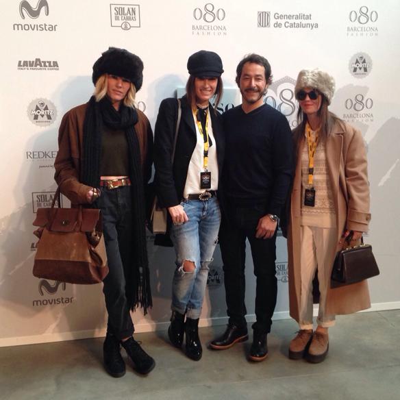 15colgadasdeunpercha_080_barcelona_fashion_moda_desfiles_080bcnfashion_yerse_photocall_pep_genero_carla_kissler_16