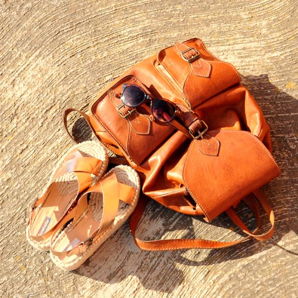 15colgadasdeunapercha_must-have_SS_15_PV_2015_patchwork_backpack_mochila_sandalias_esparto_sandals_anna_duarte_10