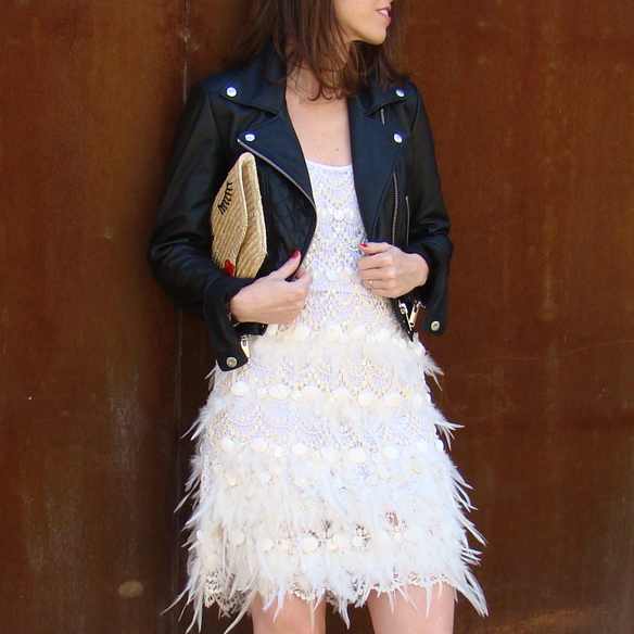 15colgadasdeunapercha_must-have_ss_15_vestido_verano_summer_dress_plumas_plumes_biker_pretty_bag_marta_r_7