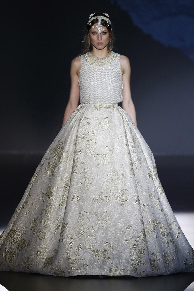 15colgadasdeunapercha_barcelona_bridal_week_novia_bride_jesus_peiro_1