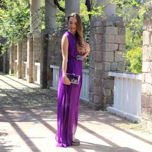 15colgadasdeunapercha_bodas_weddings_transparencias_marta_marti_atelier_lila_purple_cinturon_flores_floral_belt_clutch_transparente_julia_ros_3