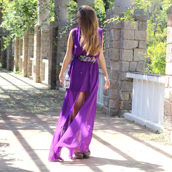 15colgadasdeunapercha_bodas_weddings_transparencias_marta_marti_atelier_lila_purple_cinturon_flores_floral_belt_clutch_transparente_julia_ros_6