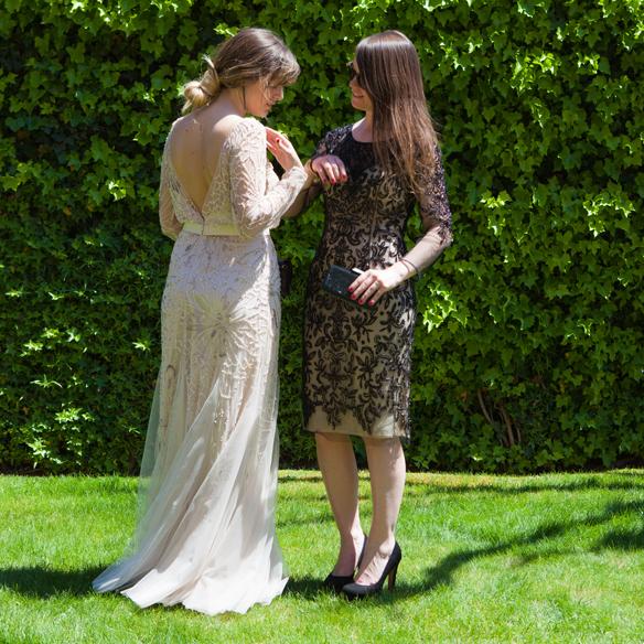 15colgadasdeunapercha_looks_invitadas_bodas_wedding_guests_rosa_clara_carla_kissler_anna_duarte_2
