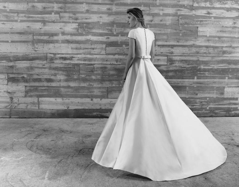 15colgadasdeunapercha_looks_we_love_bodas_weddings_gown_vestidos_trajes_tot-hom_11