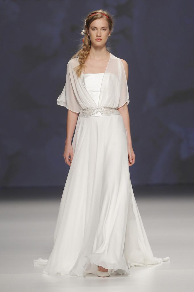 15colgadasdeunapercha_looks_we_love_bodas_weddings_gown_vestidos_trajes_victorio_&_lucchino_10