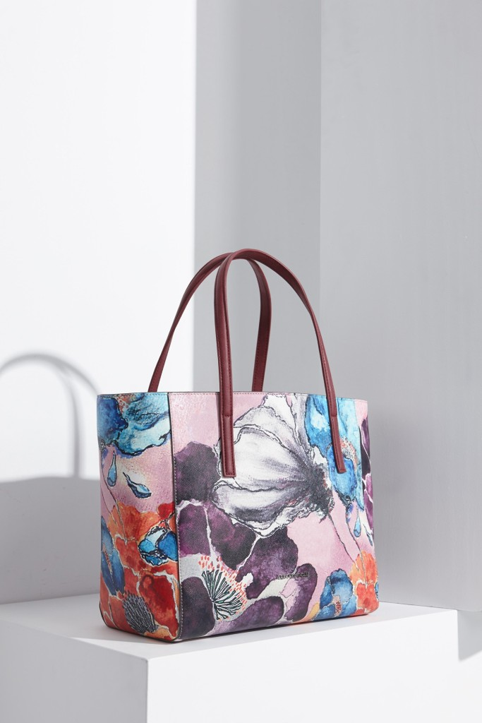 15colgadasdeunapercha-bolso-bag-handbag-adolfo-dominguez-12