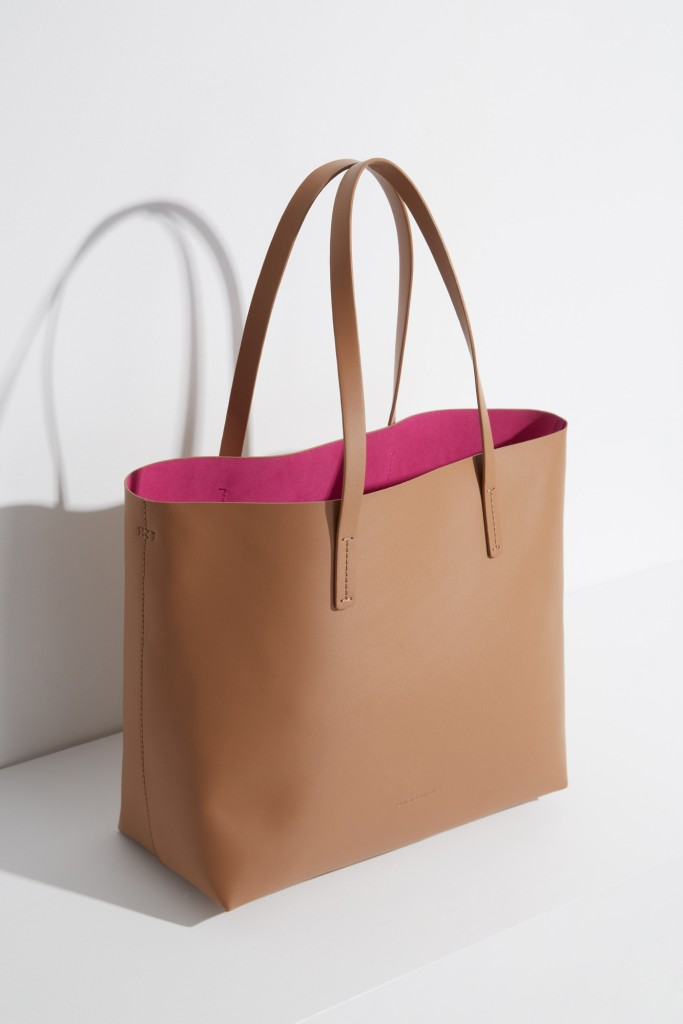 15colgadasdeunapercha-bolso-bag-handbag-adolfo-dominguez-16