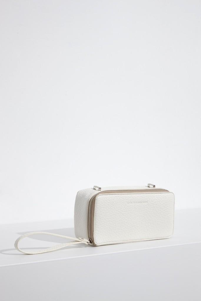 15colgadasdeunapercha-bolso-bag-handbag-adolfo-dominguez-5