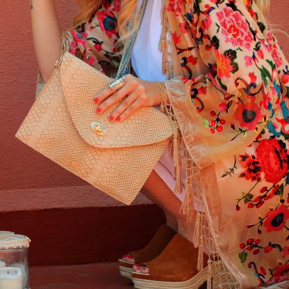 15colgadasdeunapercha-san-juan-saint-johns-eve-kimono-floral-print-flores-bolso-bissu-bag-anna-duarte-5