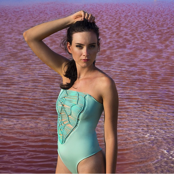 15colgadasdeunapercha-bikinis-bañadores-swimwear-swimsuits-verano-summer-2015-entreaguas-beachwear-1