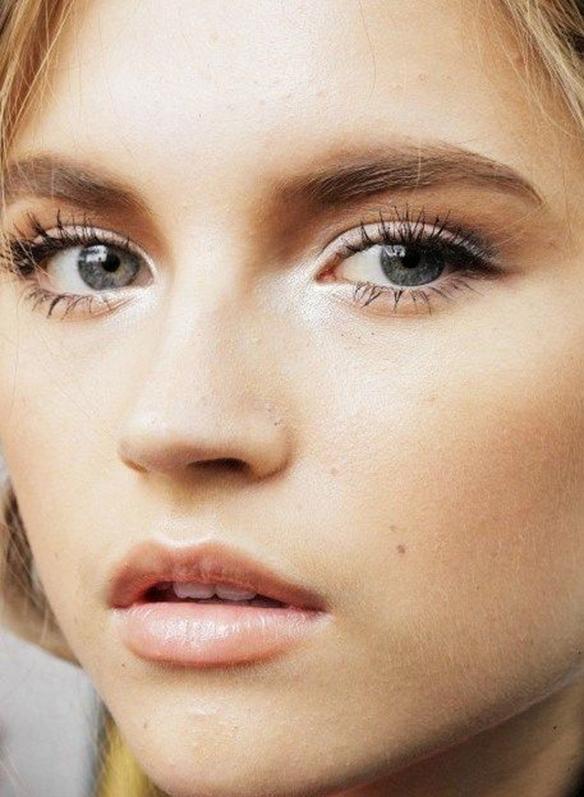 15colgadasdeunapercha-maquillaje-make-up-verano-summer-2015-pestañas-xl-eyelashes-5