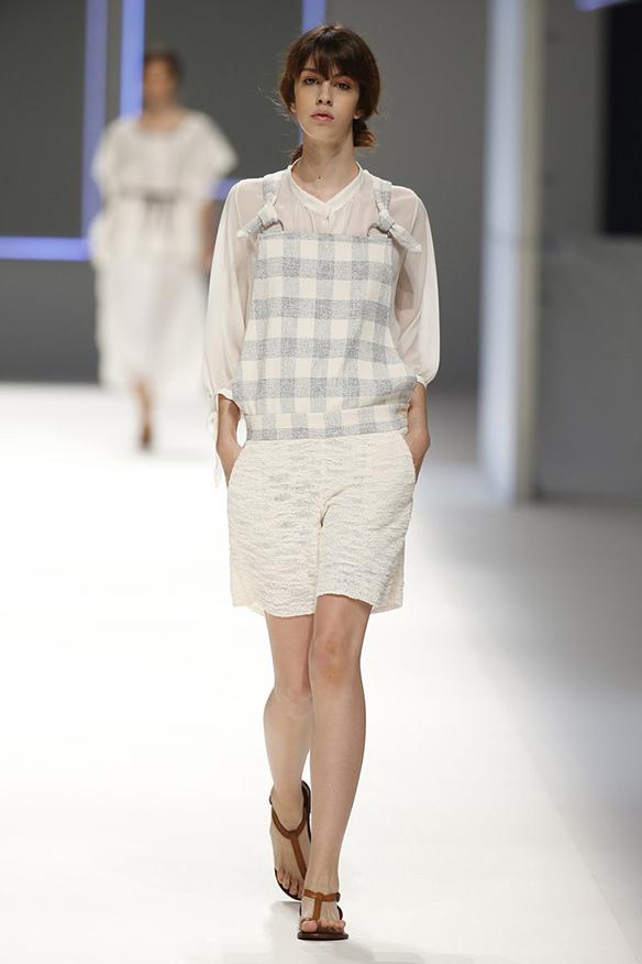 15colgadasdeunapercha-moda-fashion-barcelona-080-primavera-verano-2016-sita-murt-4