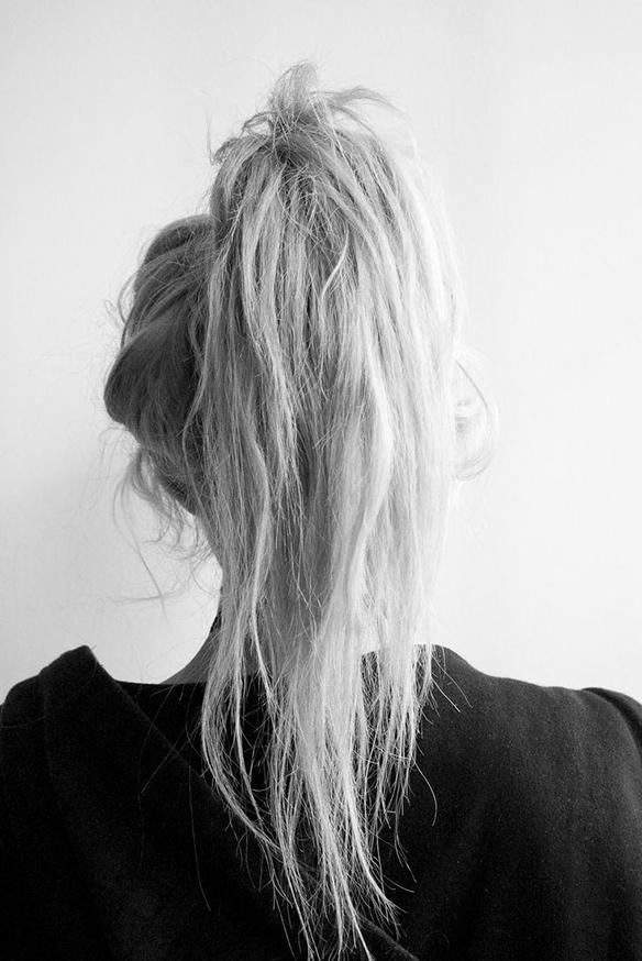 15colgadasdeunapercha-peinados-hairstyles-pelo-hair-verano-summer-2015-messy-hair-pelo-alborotado-trenzas-coletas-moños-bums-ponytails-braids-3