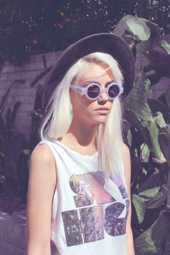 15colgadasdeunapercha-peinados-hairstyles-pelo-hair-verano-summer-2015-rubio-platino-platinum-blonde-1
