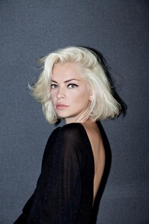 15colgadasdeunapercha-peinados-hairstyles-pelo-hair-verano-summer-2015-rubio-platino-platinum-blonde-2