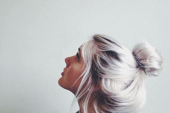 15colgadasdeunapercha-peinados-hairstyles-pelo-hair-verano-summer-2015-rubio-platino-platinum-blonde-4