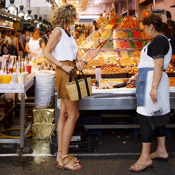 15colgadasdeunapercha-shorts-ciudad-city-tacones-high-heels-dr-bloom-maica-jau-7