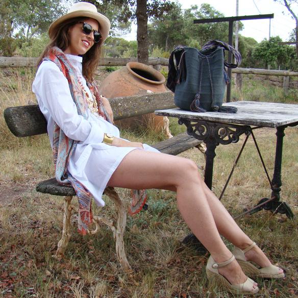 15colgadasdeunapercha-summer-verano-vestido-camisero-shirt-dress-wayuu-bag-sombrero-panama-marta-r-1