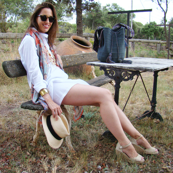 15colgadasdeunapercha-summer-verano-vestido-camisero-shirt-dress-wayuu-bag-sombrero-panama-marta-r-3